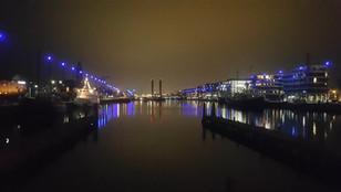 Neuer Hafen bei Nacht