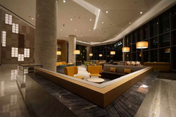Lobby Holiday Inn Hotel west coast