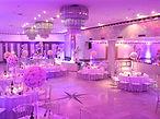 Le Salon Étoile se prête à vos réceptions les plus prestigieuses : mariage, fiançailles, anniversaire, soirée dansante, soirée de gala, banquet, etc.