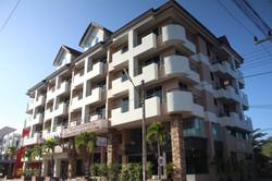 Butterfly Betong Hotel