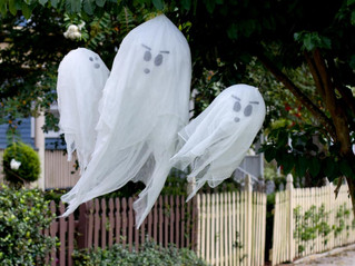 4 Front Yard Ideas For Halloween