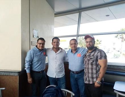 muvit mexico and ayudantes mudanzas.jpg