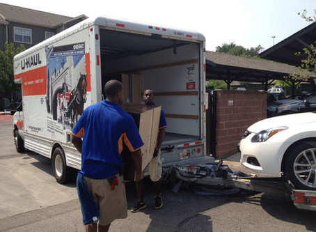 Hire Chicago Movers to Load Your Rental Truck