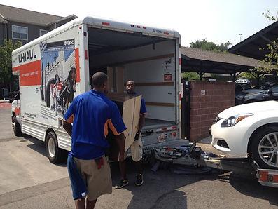 MOVING LABOR IN CHICAGO, IL
