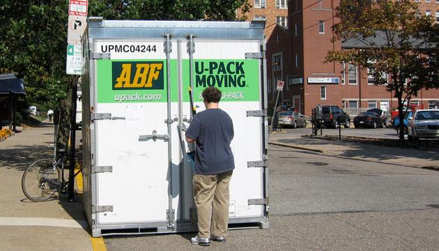 portable storage loading service pods