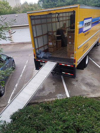 penske truck moving helpers austin.jpg