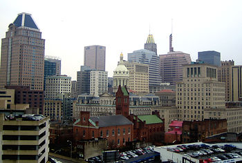 Baltimore_City_Hall_from_Northeast.jpg