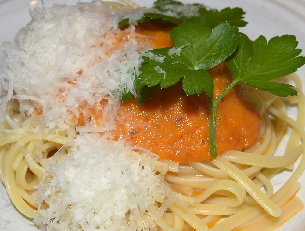 My dinner - hand mixed tomato confit over pasta. Delicious!