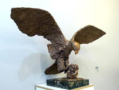 Predator H48x89x32cm - bronze.JPG