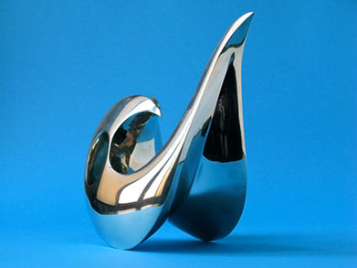 Flair.  36x16x21cm - white bronze.JPG