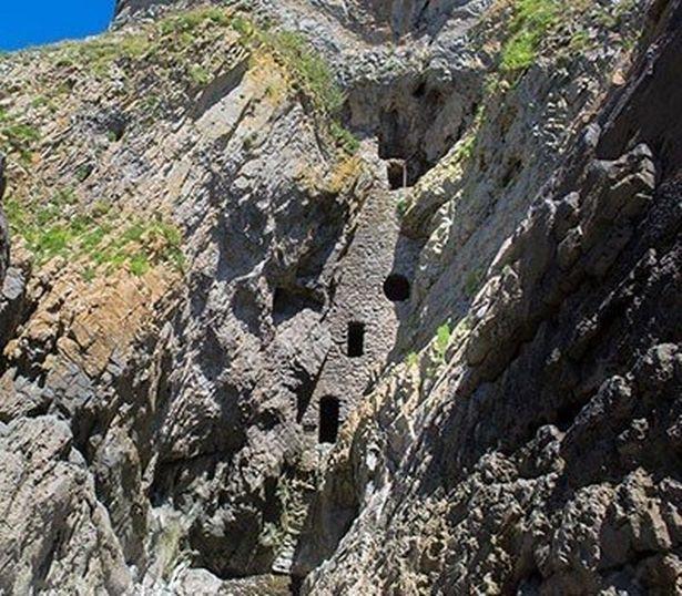 Culver Hole, Wales