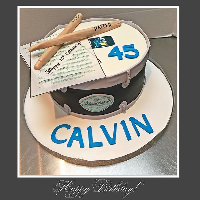 Had the honor of making this Drum cake for _calcoon71 45th birthday! Cake was blue velvet, all edibl