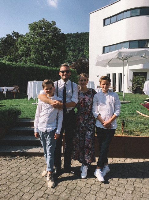 JULIAN WEISS WITH HIS NIECE AND NEPHEWS I FINE DINING HOTEL ECKERT, GRENZACH-WYHLEN I MAY 2018