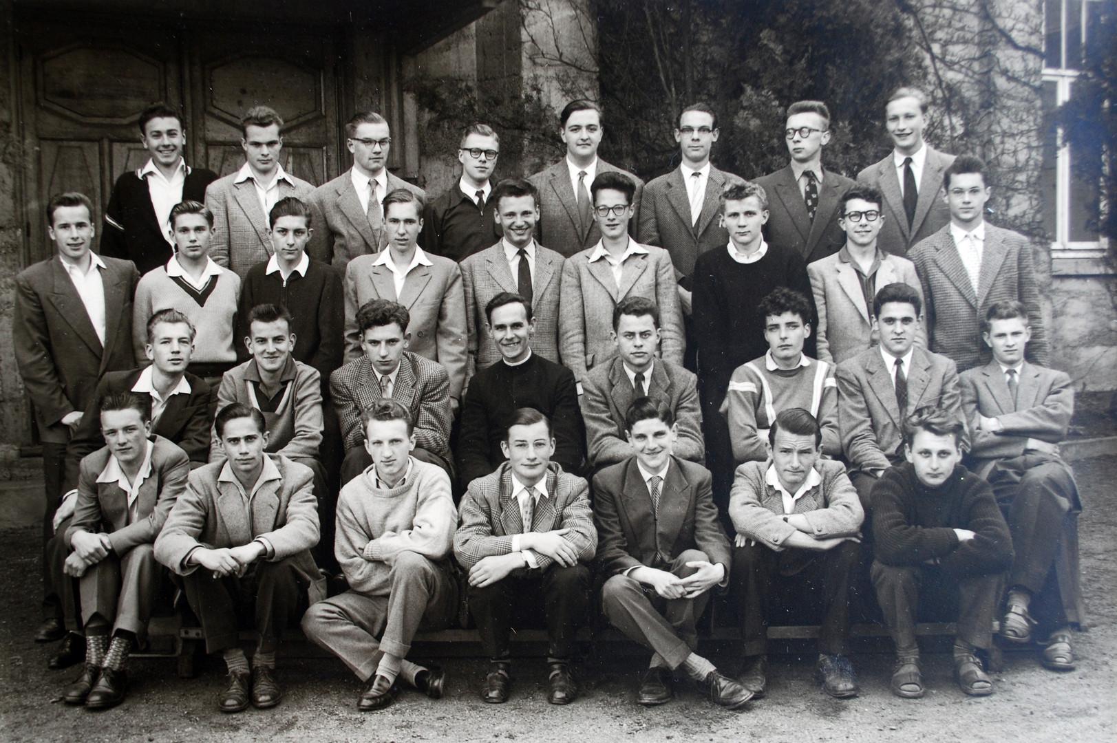 1955-1956.jpg