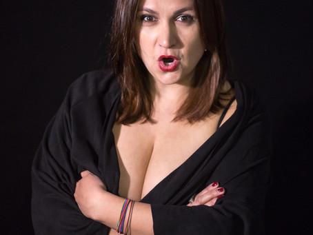 Sarah Dupont d'Isigny, chanteuse lyrique, comédienne et pianiste.
