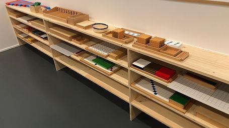 materiel pédagogique Montessori