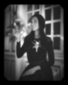 Estelle l.jpg