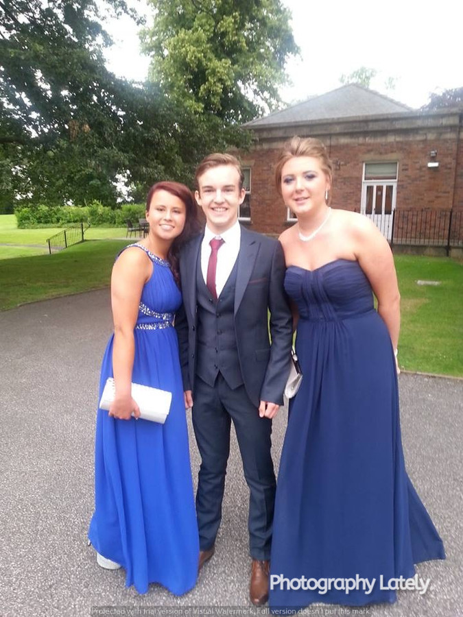 Cometan With Two Friends at High School Prom