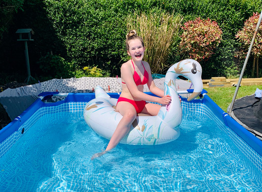 Charlotte Sophia, sister of Cometan, is pictured in the pool during Coronavirus lockdown!