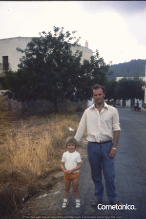 William Warbrick On Holiday With His Daughter, Louise
