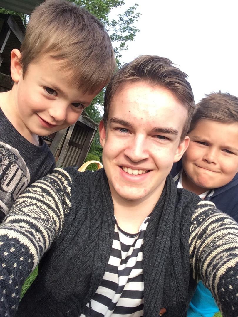Cometan With Two of His Three Brothers, Kent & Kieran Taylorian