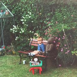 Cometan In The Garden.jpg