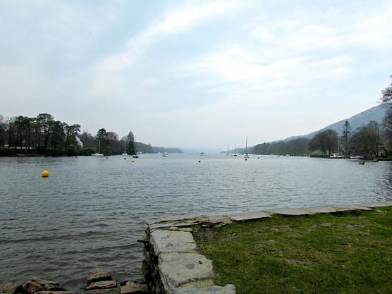 looking-up-lake-windermere_13891157056_o.jpg