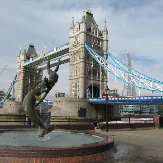 the-fountain-the-bridge-and-the-shard_94