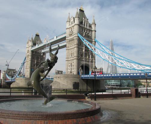 the-fountain-the-bridge-and-the-shard_94.jpg
