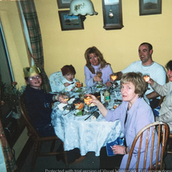 Cometan At Christmas With His Family.jpg