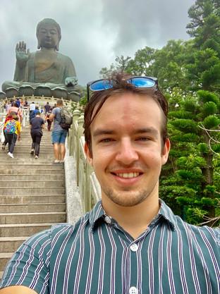 Cometan and the Tian Tan Buddha of Hong Kong
