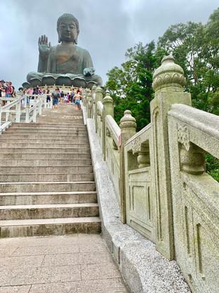 The Tian Tan Buddha of Hong Kong. Photo taken by Cometan.