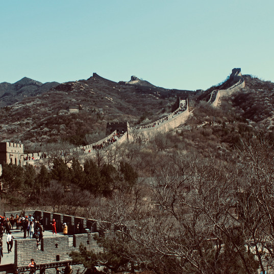the-great-wall-of-china-with-chinese-fla