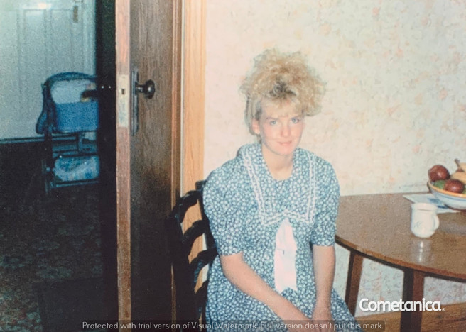 Young Louise Counsell, the Mother of Cometan