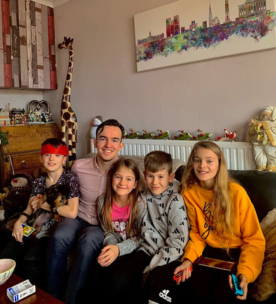 Cometan with some of his siblings on Christmas Day 2019.