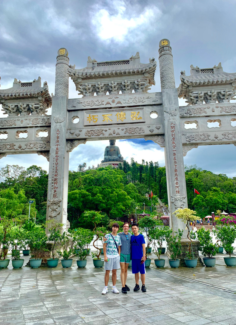 Heastward, Cometan & MK at Tian Tan Buddha