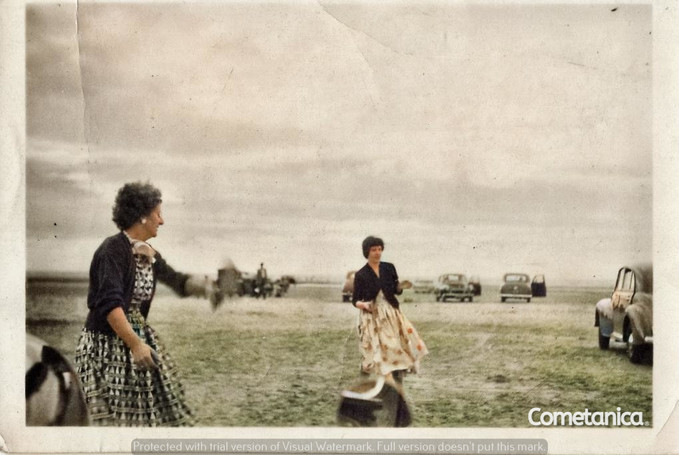 Monica Anne Bolton, great aunt of Cometan with Hilda Warbrick, grandmother of Cometan (Colourised)