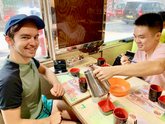 Cometan with MK Enjoying Breakfast
