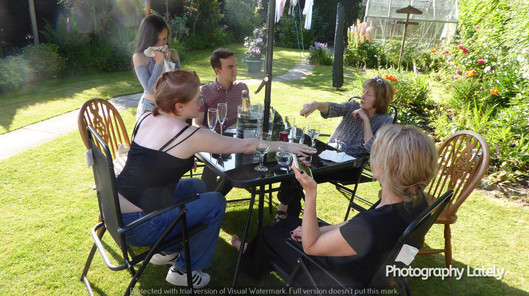 Cometan with his Mother, Grandparents and Sisters in the Garden of Brooklands