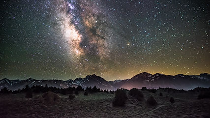 galaxy_night_starry_sky_mountains_118126