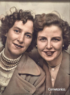 Hilda Warbrick, grandmother of Cometan (right), and Elizabeth Conway, great-aunt of Cometan (left) (Colourised)
