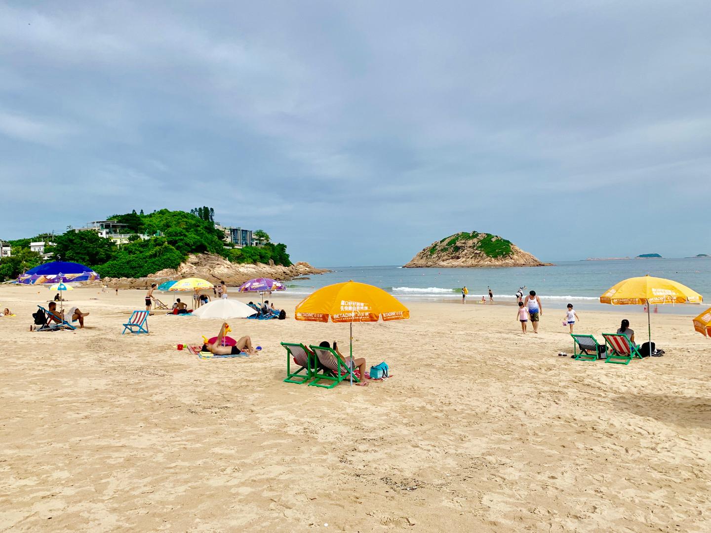 Beach of Hong Kong by Cometan