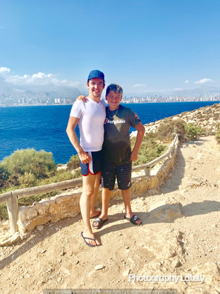 Cometan and his younger brother, Kieran Taylorian. Cometan and his family visited L'Illa de Benidorm during their trip to Benidorm in August 2019.