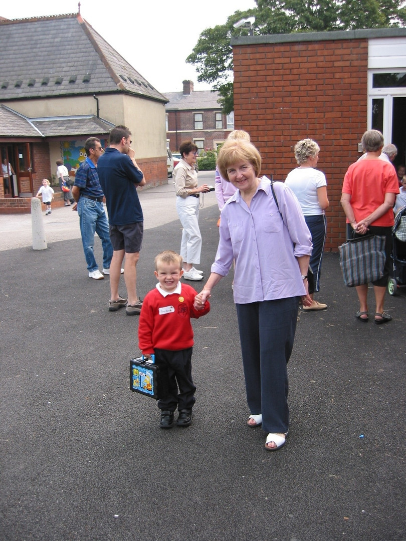 Cometan's First Day at Primary School