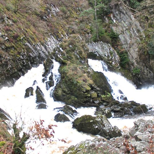 river--boulders_15992114564_o.jpg
