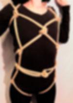 RosazulBDSM - Tutorial Shibari - Arnés de enganches laterales