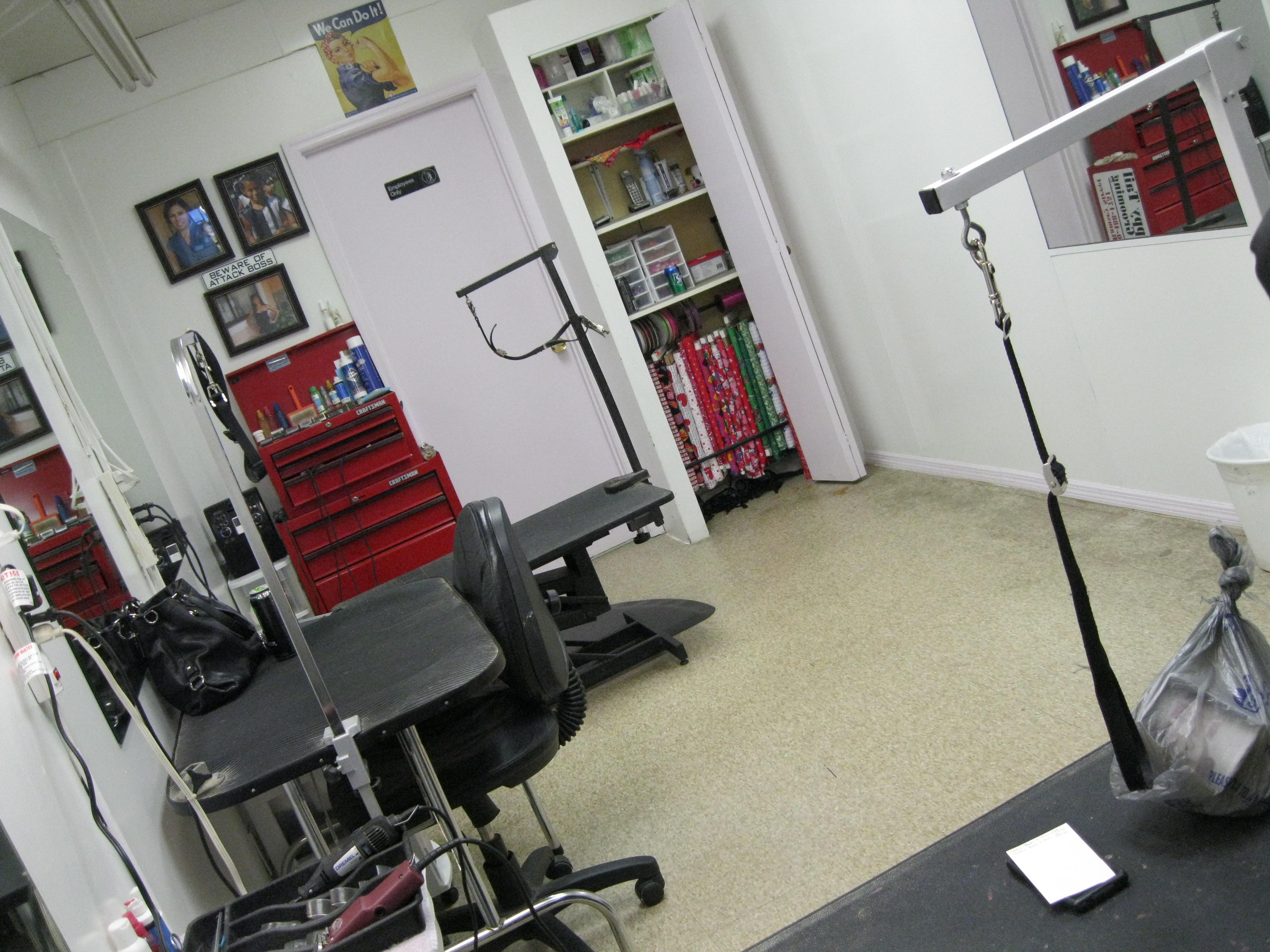 Grooming Area
