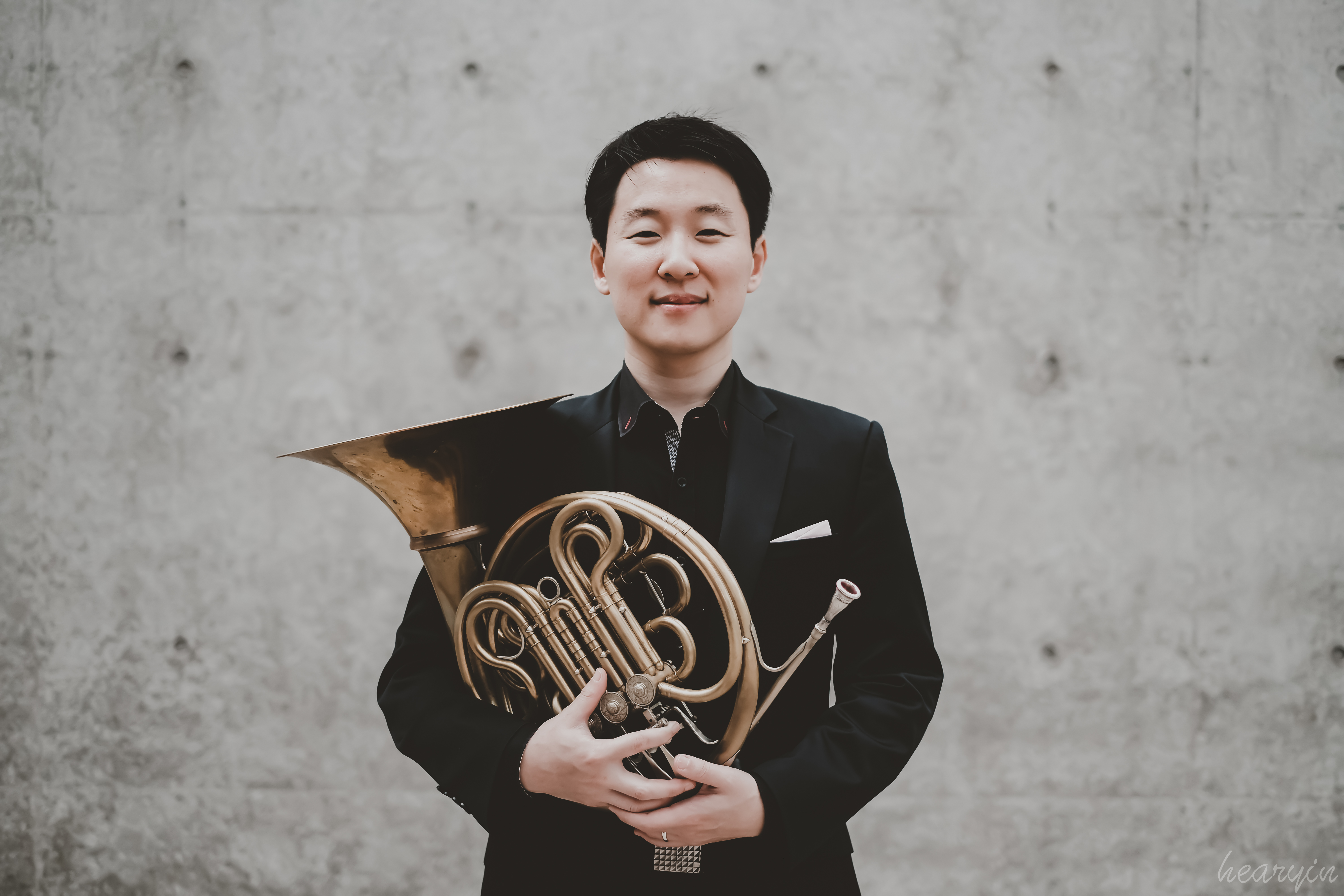 Young Kim, hornist