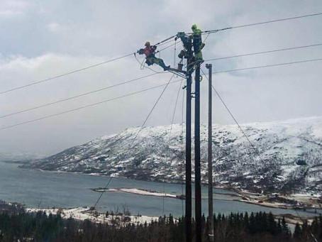 Bygging av 24 km med 22 kV-linje for Troms Kraft Nett