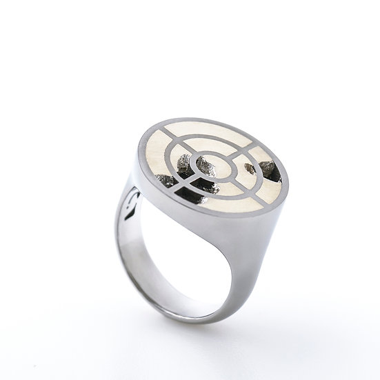 Carl Noonan -Interlace Concentric Ring